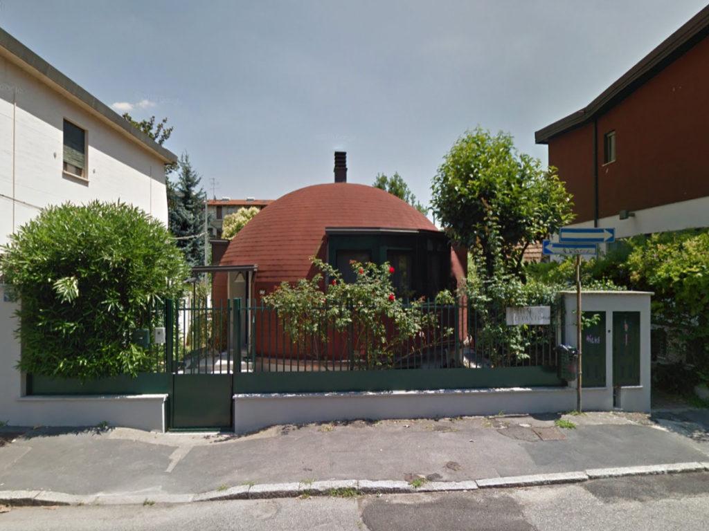 L'unica casa a Igloo visibile dalla strada - credit: urbanlife